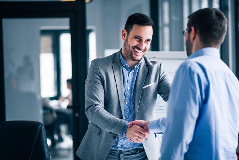 Devenir entrepreneur en créant son entreprise